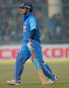 MS Dhoni was dismissed for India v Pakistan, ODI, Delhi, January 2013 History Of Cricket, World Cricket, Icc Cricket, Cricket Sport, Dhoni Quotes, Ms Dhoni Wallpapers, Ms Dhoni Photos, India Cricket Team, Chennai Super Kings
