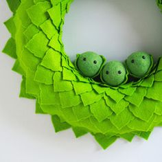 Large Christmas Sprout Wreath Sprouts, Goodies, Wreaths, Christmas, Handmade, Sweet Like Candy, Xmas, Hand Made, Gummi Candy