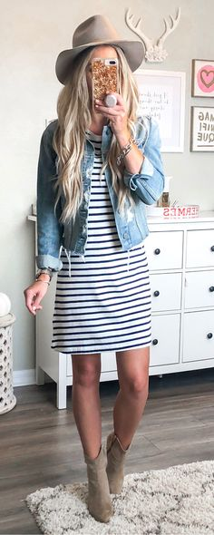 Flawless Fall Outfits To Try Now blue denim jacket. Fall Winter Outfits, Autumn Winter Fashion, Spring Outfits, Autumn Fashion For Teens, Casual Outfits For Teens, Cute Outfits, Teen Outfits, Look Fashion, Fashion Outfits