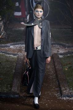 Thom Browne Fall 2016 Ready-to-Wear Fashion Show - Maja Brodin
