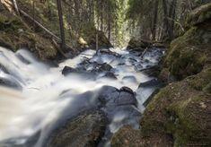 Suomen korkeimmaksi vesiputoukseksi mainittu Korkeakoski on nimensä mukaisesti erittäin korkea.