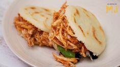 AREPAS DE POLLO CON SALSA BARBACOA | Un relleno para todo Tostadas, Food Inspiration, Lasagna, Sandwiches, Easy Meals, Mexican, Cooking, Ethnic Recipes, Youtube