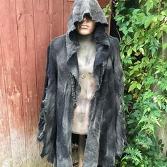 """74 Likes, 3 Comments - Dust Monkey (@dust_monkey) on Instagram: """"A ragged cloak as part of an ongoing costume commission. Dust just makes dull black look so much…"""""""