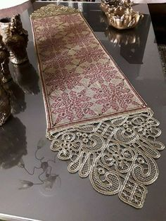 Table Accessories, Handmade Accessories, Hand Embroidery, Embroidery Designs, Bruges Lace, Point Lace, Needle Lace, Irish Lace, Table Runners