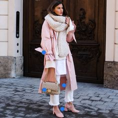This pink trench coat with layers. Pink Trench Coat, Ballerina Pink, What I Wore, Plaid Scarf, Layers, How To Make, How To Wear, Ootd, Street Style