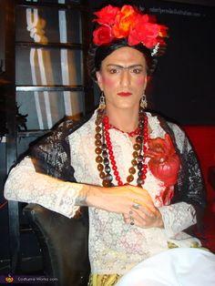Frida Kahlo - Halloween Costume Contest via @costumeworks