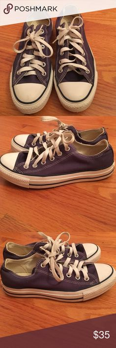 Converse all star low top sneakers Navy blue. Great condition. Size 7.5 Converse Shoes Sneakers