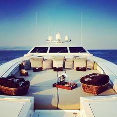 yachting/sun/sea/tan