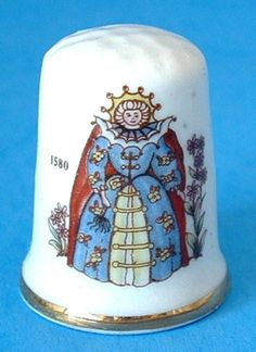 Thimble English Queen Elizabeth I Virgin Queen Bess Sewing Thimble 1970s England