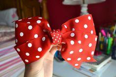 cute bow. ♡