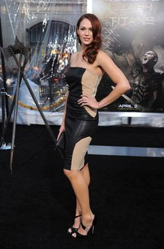 """Amanda Righetti Photos - Actress Amanda Righetti arrives at the premiere of Warner Bros. 'Clash Of The Titans' held at Grauman's Chinese Theatre on March 2010 in Los Angeles, California. - Premiere Of Warner Bros. """"Clash Of The Titans"""" - Arrivals Amanda Righetti, Clash Of The Titans, Warner Bros, In Hollywood, Theatre, Pin Up, Horror, Sexy Women, March"""