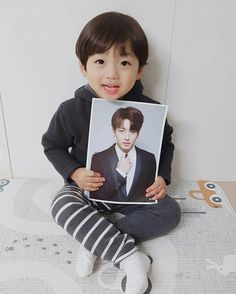 kawaii Bebe Mamang 可愛い ღ Hong Eunwoo Cute Baby Boy, Cute Boys, Kids Boys, Baby Kids, Cute Asian Babies, Korean Babies, Asian Kids, Cute Babies, Baby Tumblr