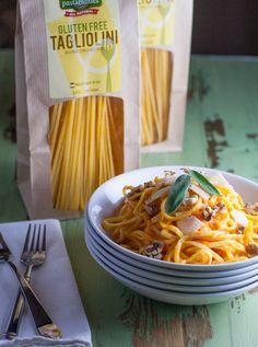 Butternut Squash Pasta Sauce over Gluten Free Tagliolini | http://www.worldofpastabilities.com/butternut-squash-pasta-sauce-gluten-free-tagliolini/