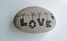 Steine-bemalen-Liebeserklärung-machen-durch-bemalte-Steine