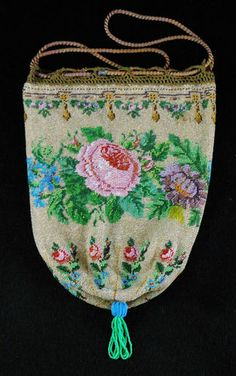 Antique / Vintage Micro Beaded Victorian / Edwardian Floral Purse w/ Roses