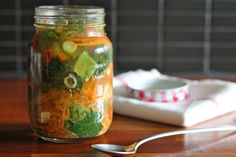 Make Ahead Miso Veggie Soup Jar. Make ahead miso veggie soup jar. Healthy home made convenience food ready as fast as the kettle boils. Vegan gluten free and nutritious. Vegan Miso Soup, Vegetarian Soup, Vegan Soups, Vegetarian Recipes, Healthy Eating Recipes, Healthy Soup, Healthy Snacks, Healthy Cooking, Healthy Life