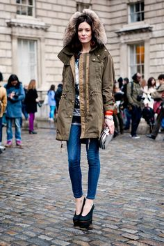 Style from streets : Photo Spring Summer Fashion, Winter Fashion, Fashion Week 2015, Fashion Weeks, Denim Fashion, Net Fashion, Style Fashion, Street Style Women, Outfit Of The Day