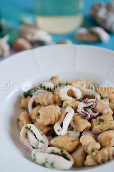 la cucina di mamma: Gnocchetti di ceci con calamari