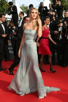Rosie Huntington-Whiteley wearing Gucci #Cannes