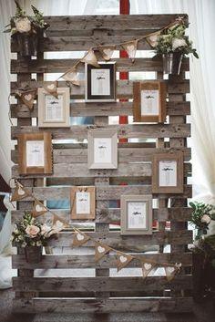 plan de table palette de bois et cadre mariage automne rustique