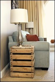 End Table made from Pallets!!! Super duper cute!