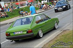 Green VW B1 Passat LS
