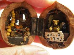 Halloween Walnut Shell by Apricot Jam