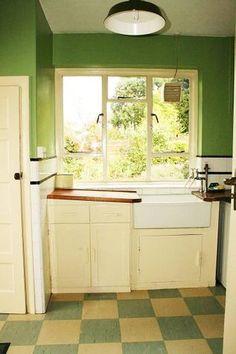 Vintage 1920 39 s deco bath tub sink toilet bathroom purple for 1920 kitchen floor tile
