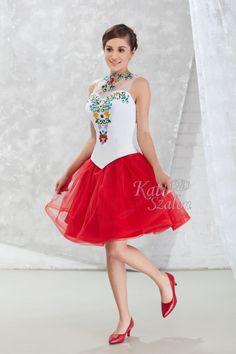 54/B Menyecske ruha - Kati Szalon Ladies Fashion, Womens Fashion, Ballet Skirt, Formal Dresses, Lady, Skirts, Women's Work Fashion, Dresses For Formal, Skirt