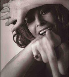 "JoJO Balls as seen : ""Sophia Loren by by Inez nd Vinoodh, 2007""......A-ha-ha :))) when the moon hit the eye like a HUGE a´pizza pie - that´s OBSESSIVE , imbe !...A-ha-ha :)))"