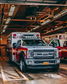 Receive fantastic recommendations on pickup trucks. They are on call for you on our web site. Fire Dept, Fire Department, Ford, American Firefighter, Firefighter Paramedic, Police, Fotografia Macro, Rescue Vehicles, Fire Apparatus