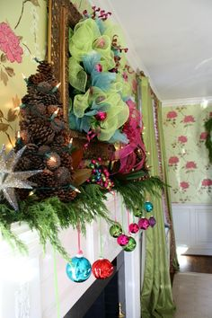 Holiday Home Tour - Dining Room Mantel