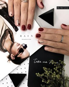 50 Chic Burgundy Nail Designs for Winter 2019 - Page 13 of 50 - Soflyme Burgundy Nail Designs, Burgundy Nails, Red Nails, Hair And Nails, Diy Nail Designs, Winter Nail Designs, Cute Nails, Pretty Nails, Solar Nails