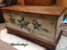 53 Trendy Ideas For Old Wood Box Decor Coffee Tables Refurbished Furniture, Repurposed Furniture, Furniture Makeover, Painted Furniture, Diy Furniture, Trunk Makeover, Refurbished Phones, Cedar Chest Redo, Wood Chest