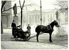 Henrik Ibsen in sled at the National Theatre, Anders Beer Wilse. National Library of Norway. Oslo, Old Pictures, Old Photos, Kingdom Of Sweden, Trondheim, National Theatre, School Photos, Old Postcards, People Around The World