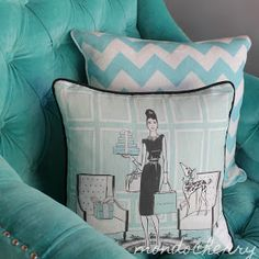 Megan Hess cushions-I need one (or 20)