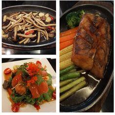 Late #lunch #eathealthy #eatclean #lowcarb #lowcarbhighfat #salmon #sashimi #salmonlover #veggies #veggielover #eatyourveggies #foodie #foodpornography #foodporn #fooddiary #foodpics #foodgasm #foodstyling #instafood #instafoodie #foodstagram #instagram zzZ by toninatt