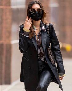 Emily Ratajkowski, The Girl Who, Kendall Jenner, Fitspo, Vsco, Leather Jacket, Coat, Model, Jackets