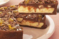 Aprenda de forma rápida uma ótima receita de Torta de Maracujá com Chocolate.A receita de Torta de Maracujá com Chocolate é bem fácil de fazer e bem diferen