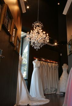 Winnie Couture :: Haute Bridal Fashion  Flagship Salons In Houston, Atlanta and Beverly Hills