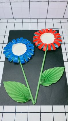 decor videos A simple tutorial to show you how to DIY a flower picture. Please us to support our work :-). Paper Flowers Craft, Paper Crafts Origami, Paper Crafts For Kids, Diy Arts And Crafts, Flower Crafts, Creative Crafts, Diy Flowers, Flower Decorations, Diy Crafts Hacks