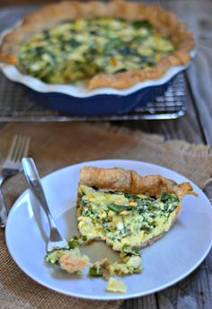 Spring Greens Quiche made with a spelt crust. Quiche filled with spring greens: asparagus, scallions, spinach and goat cheese. Vegetarian Cooking, Vegetarian Recipes, Cooking Recipes, I Love Food, Good Food, Yummy Food, Pizza, Breakfast Time, Veggie Recipes