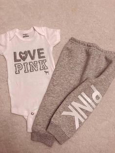 50 ideas for baby girl outfits winter 6 months Cute Baby Girl, Baby Love, Cute Babies, Baby Kids, Pretty Baby, The Babys, Little Girl Fashion, Kids Fashion, Fall Fashion