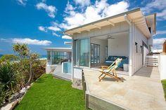 Beach House by Aboda Design Group | HomeAdore #architeture #pin_it @mundodascasas Veja mais aqui(See more here) www.mundodascasas.com.br