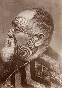 Photo of maori by Elizabeth Pulman (Pulman was a New Zealand photographer. She was born in Lymm, Cheshire, England in Maori Face Tattoo, Ta Moko Tattoo, Maori Tattoos, Neck Tattoos, Samoan Tattoo, Polynesian Tattoos, Sleeve Tattoos, Polynesian People, Maori People