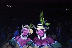 Inside the Samba Parade in Rio de Janeiro. Silvia and Silvana take us inside the Sambodromo, the biggest stage on earth, during Carnival. Samba Costume, Rio Carnival, On The Issues, Slums, Travel Couple, Blog, Rio De Janeiro, Blogging