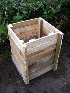 how to build a composite bin with pallets