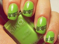 Green bow nails!:)