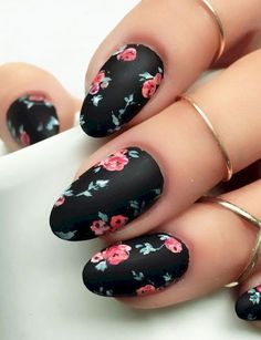 Cool 57 Elegant Black Nail Art Designs that You'll Love https://bellestilo.com/3052/57-elegant-black-nail-art-designs-that-youll-love #blacknails