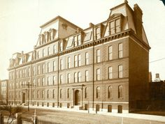 Washington University College and Polytechnic School. Washington Avenue and Seventeenth Street. (1875) Missouri History Museum